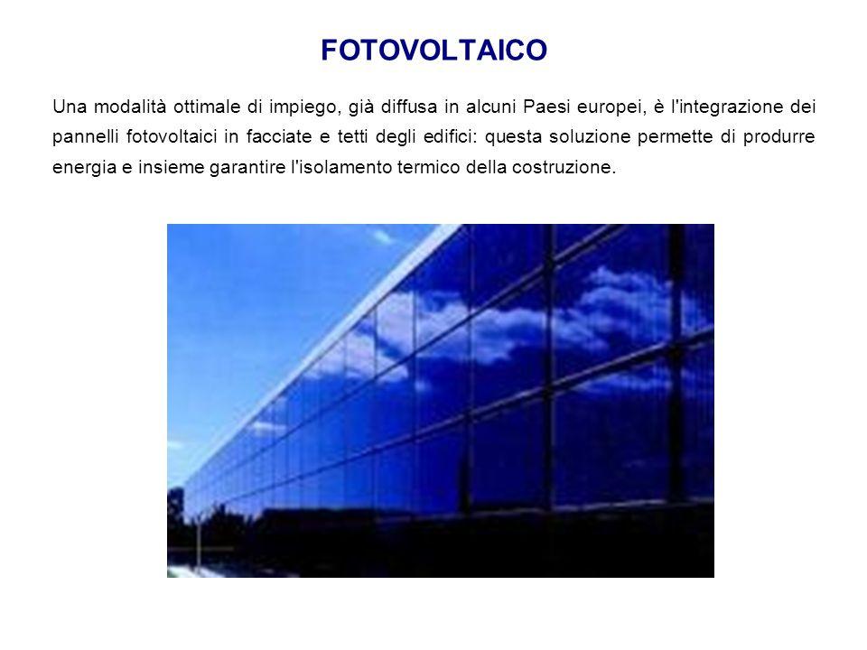 Una modalità ottimale di impiego, già diffusa in alcuni Paesi europei, è l'integrazione dei pannelli fotovoltaici in facciate e tetti degli edifici: q