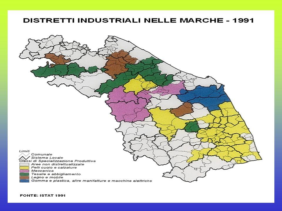 SPECIALIZZAZIONI PRODUTTIVE E LOCALIZZ.. Calzature (provincie Ascoli e Macerata) Mobile (provincia di Pesaro) Strumenti musicali (comuni Castelfidardo