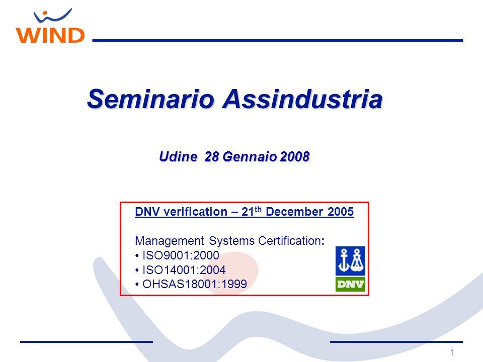 12 Il Consorzio, nel Maggio 2005 decide di dare vita, grazie alle numerose adesioni preliminari, al Gruppo di Acquisto per le Telecomunicazioni Viene indetta gara tra i principali operatori.