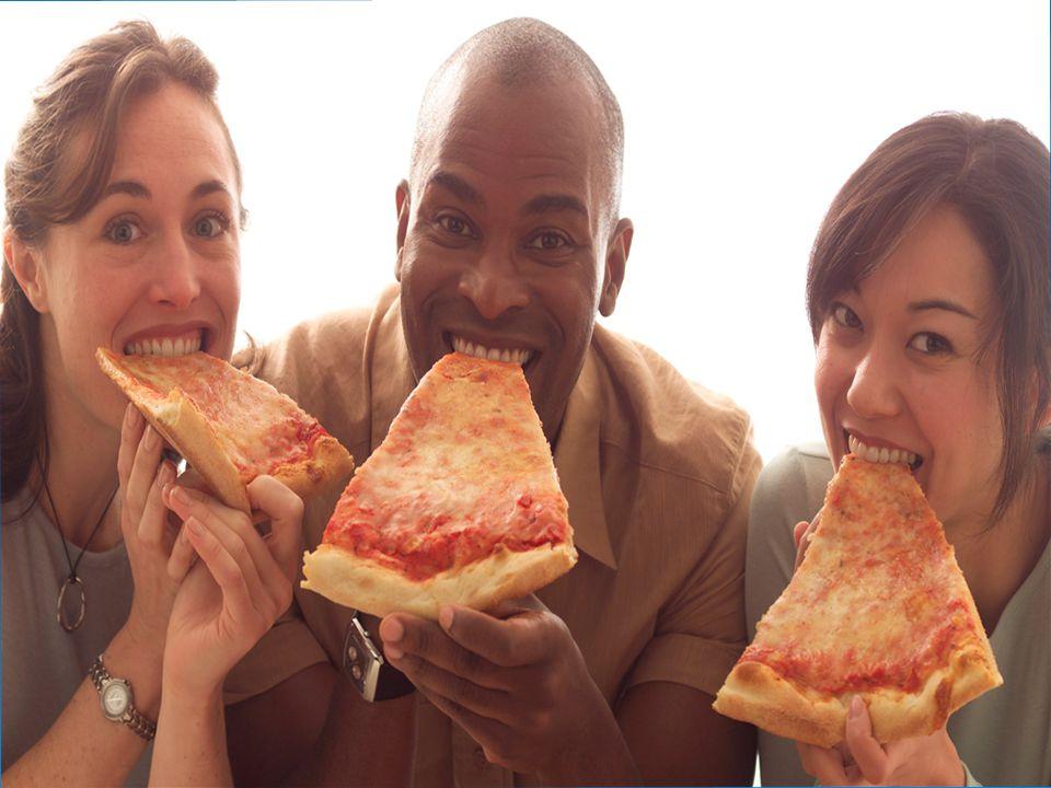 Amici  L'amico è quella persona con cui potersi confidare, fare pazzie, andare al cinema, al mare, mangiare una pizza; in poche parole con il quale trascorrere il miglior tempo libero.