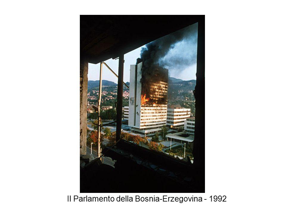Il Parlamento della Bosnia-Erzegovina - 1992