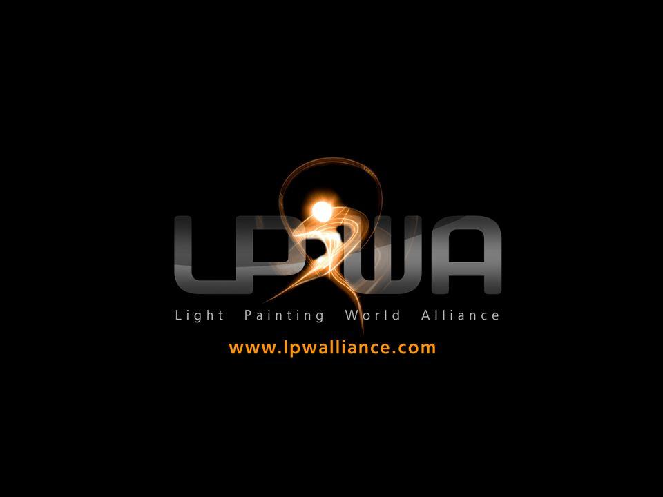 Light Painting World Alliance (LPWA) è un organizzazione internazionale, associazione utonoma di artisti di light painting affermati ed emergenti Lo scopo del LPWA è quello di promuovere il light painting come forma d arte e promuovere le opere degli artisti membri L Alleanza ha proclamato il suo Manifesto in 1 dicembre 2011.