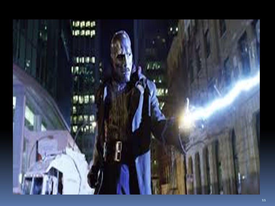 L uomo di metallo Victor Dottor Destino (Doctor Doom), il cui vero nome è Victor von Doom Signore e monarca dell immaginario paese di Latveria, nell Europa centrale, è un supercriminale tra i più potenti e pericolosi, nonché il principale nemico dei Fantastici 4.Il Dottor Destino si è classificato terzo nella classifica dell IGN dei più grandi cattivi nella storia dei fumetti, dietro a Joker e Magneto e davanti a Lex Luthor e Galacticus.