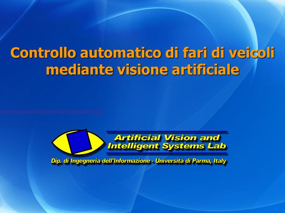 Controllo automatico di fari di veicoli mediante visione artificiale