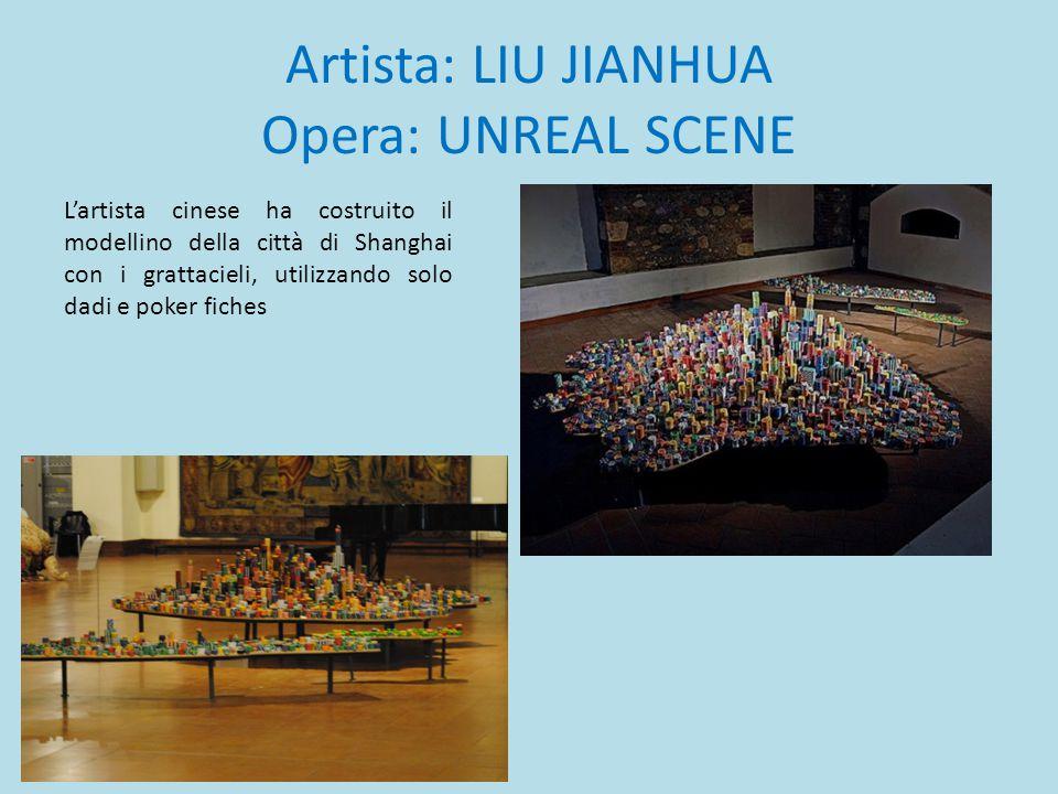 Artista: LIU JIANHUA Opera: UNREAL SCENE L'artista cinese ha costruito il modellino della città di Shanghai con i grattacieli, utilizzando solo dadi e