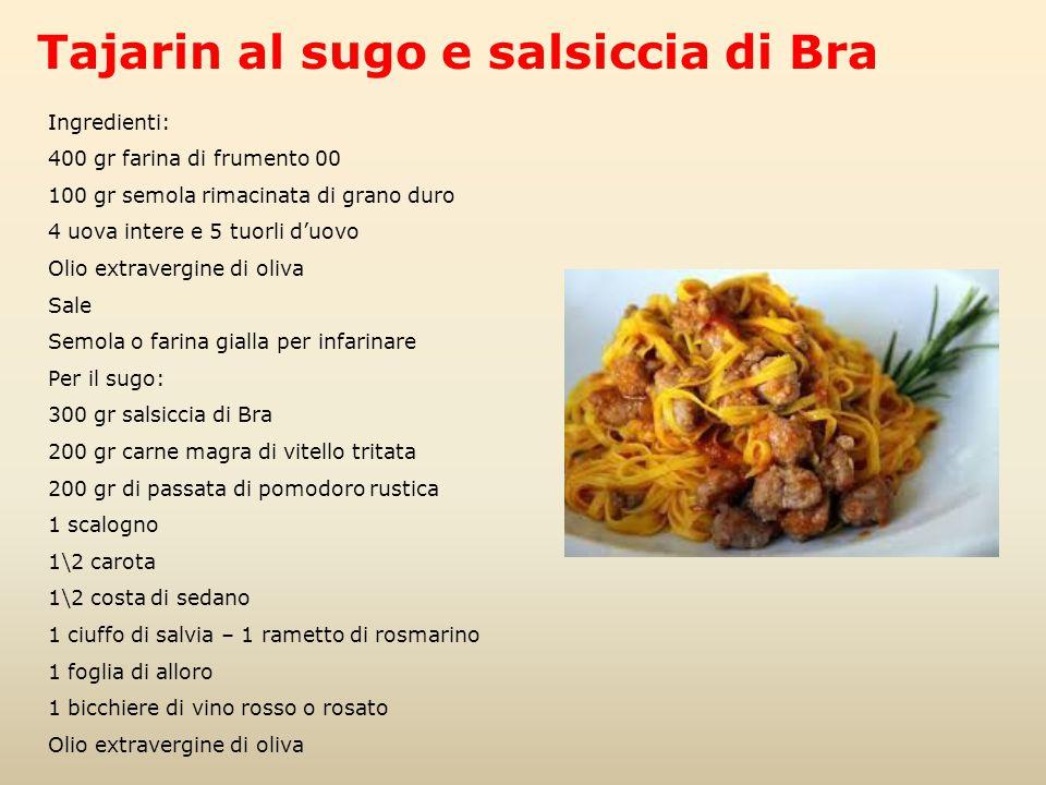 Ingredienti: 400 gr farina di frumento 00 100 gr semola rimacinata di grano duro 4 uova intere e 5 tuorli d'uovo Olio extravergine di oliva Sale Semol