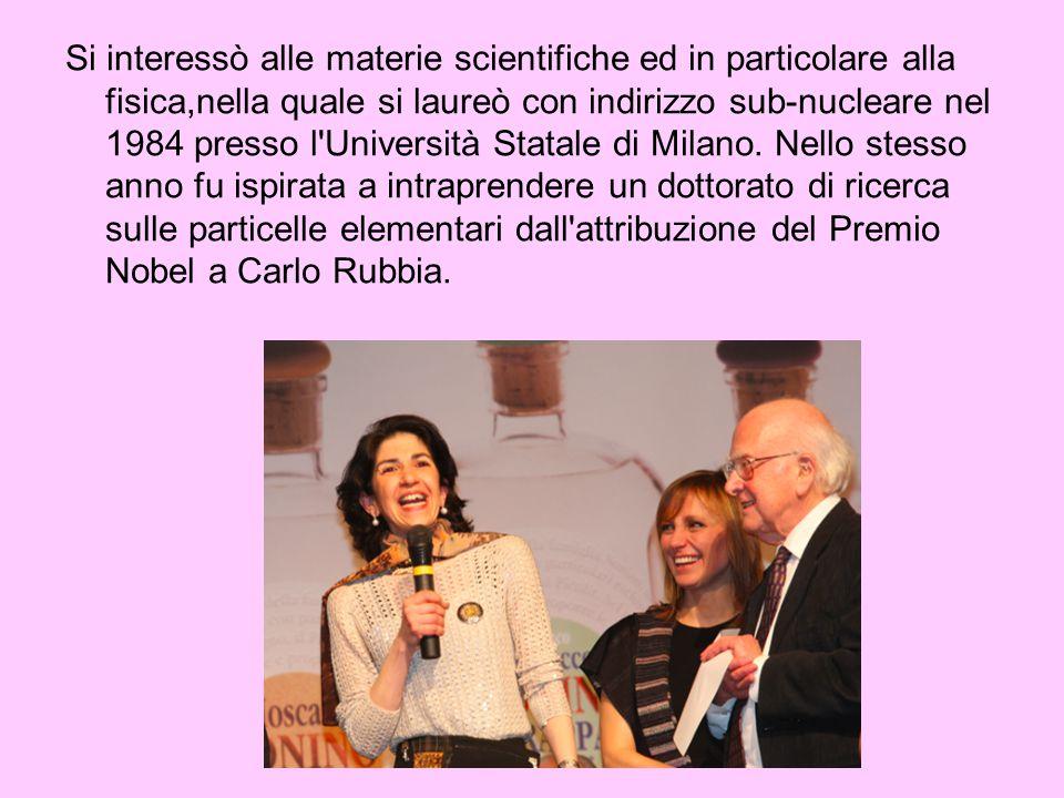 Si interessò alle materie scientifiche ed in particolare alla fisica,nella quale si laureò con indirizzo sub-nucleare nel 1984 presso l'Università Sta