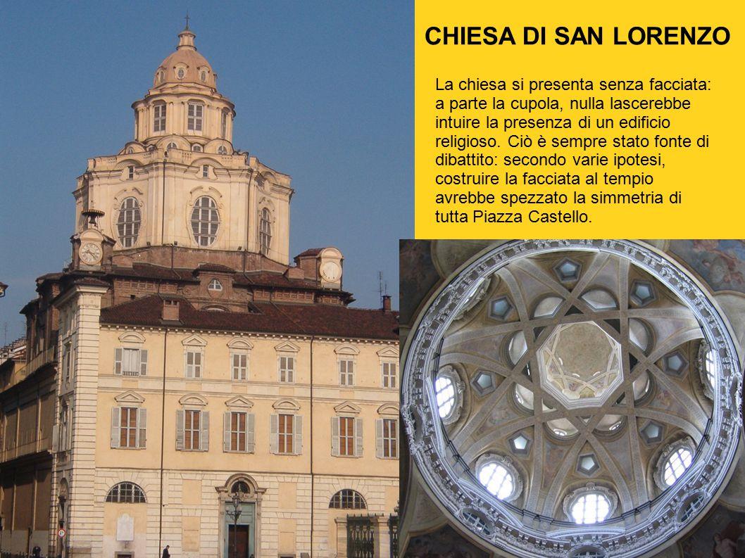 La chiesa si presenta senza facciata: a parte la cupola, nulla lascerebbe intuire la presenza di un edificio religioso. Ciò è sempre stato fonte di di