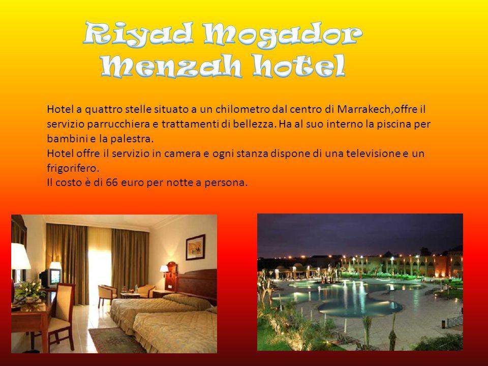 Hotel a quattro stelle situato a un chilometro dal centro di Marrakech,offre il servizio parrucchiera e trattamenti di bellezza.