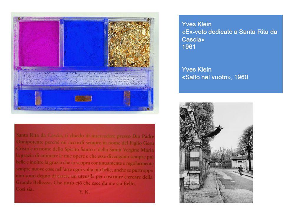 Yves Klein, Le Vide, 1958 Nel giorno del suo trentesimo compleanno, nell'aprile del 1958, Yves Klein aprì presso la galleria parigina di Iris Clert la sua esposizione più memorabile, intitolata «Le Vide», «Il Vuoto»: la stanza, completamente vuota, ospitava soltanto la «sensibilità dell'artista» allo stato puro.