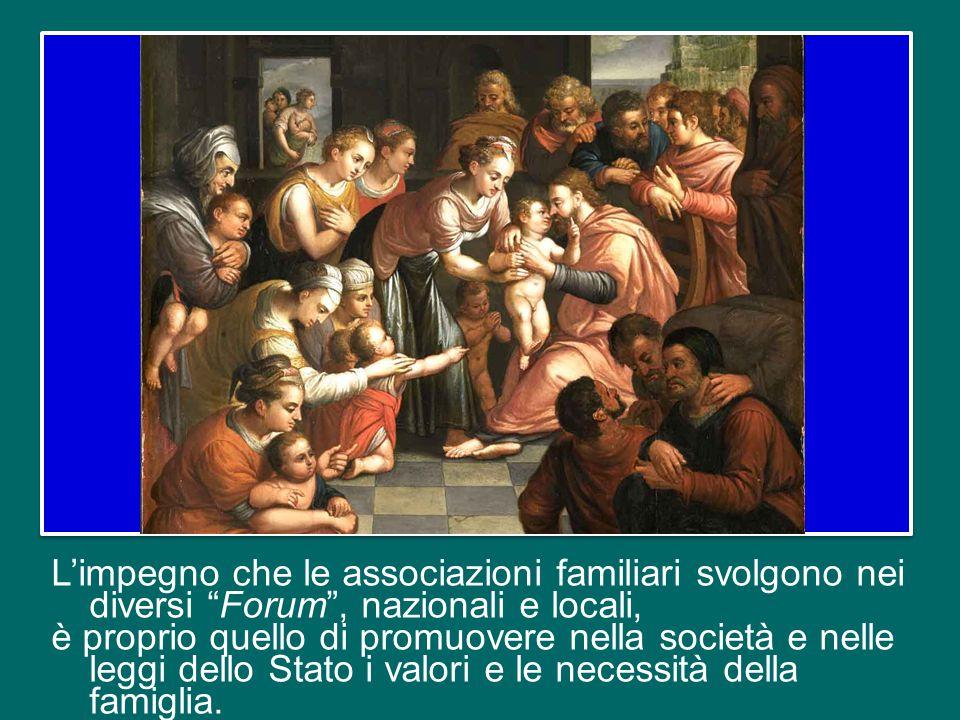 San Giovanni Paolo II, a tale proposito, scriveva: «Le famiglie devono crescere nella coscienza di essere protagoniste della cosiddetta politica famil