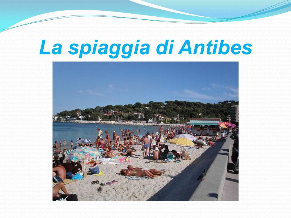 La spiaggia di Antibes