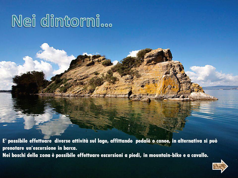 E' possibile effettuare diverse attività sul lago, affittando pedalò o canoe, in alternativa si può prenotare un'escursione in barca.