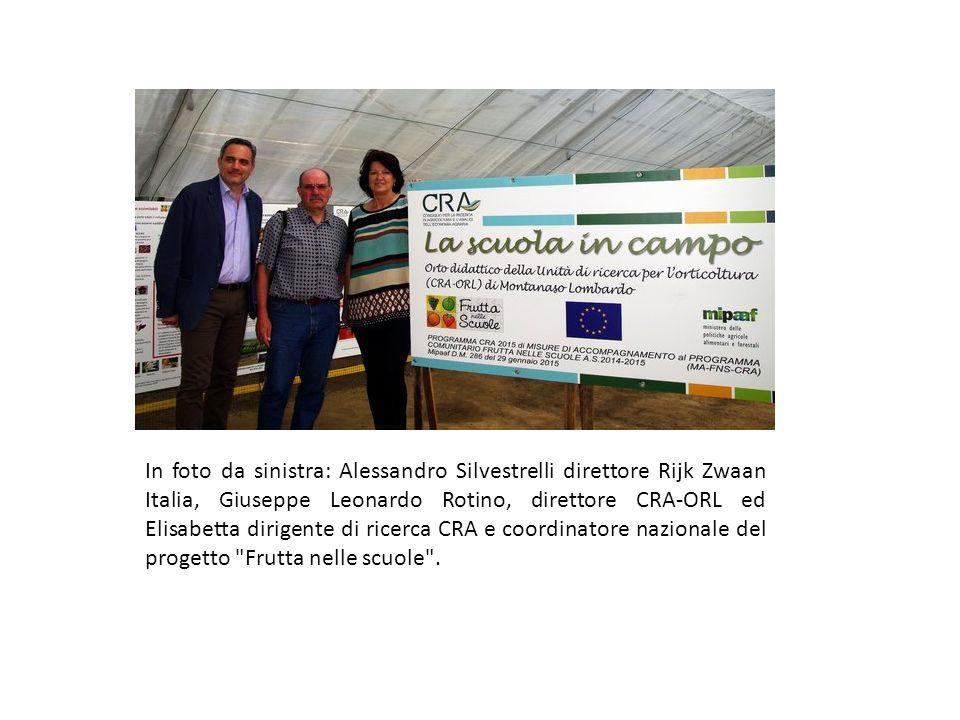 In foto da sinistra: Alessandro Silvestrelli direttore Rijk Zwaan Italia, Giuseppe Leonardo Rotino, direttore CRA-ORL ed Elisabetta dirigente di ricerca CRA e coordinatore nazionale del progetto Frutta nelle scuole .