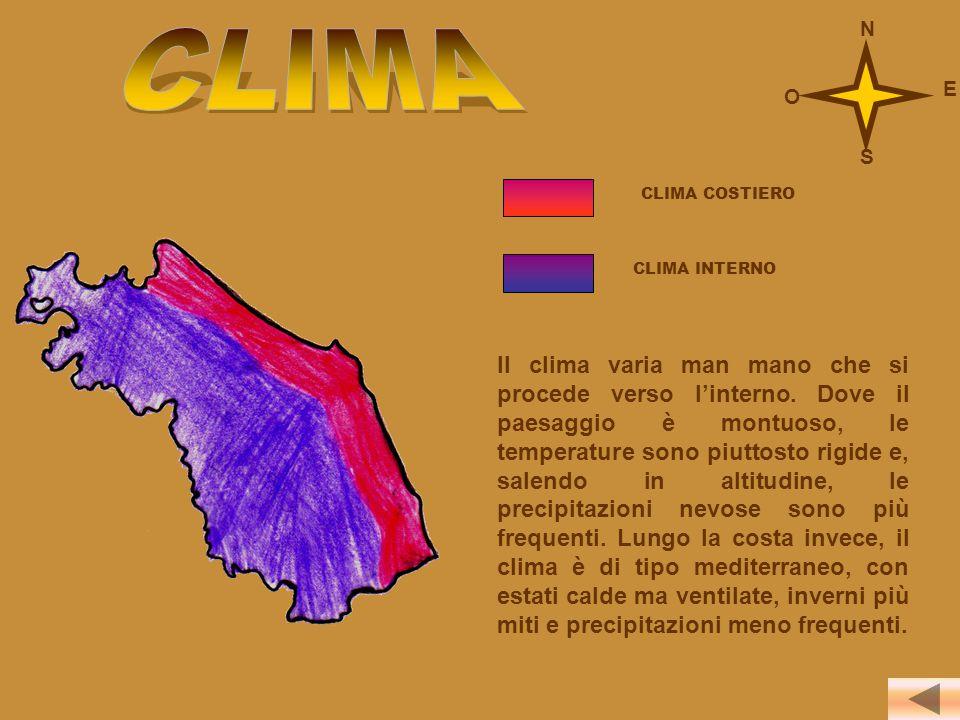 CLIMA COSTIERO CLIMA INTERNO Il clima varia man mano che si procede verso l'interno. Dove il paesaggio è montuoso, le temperature sono piuttosto rigid