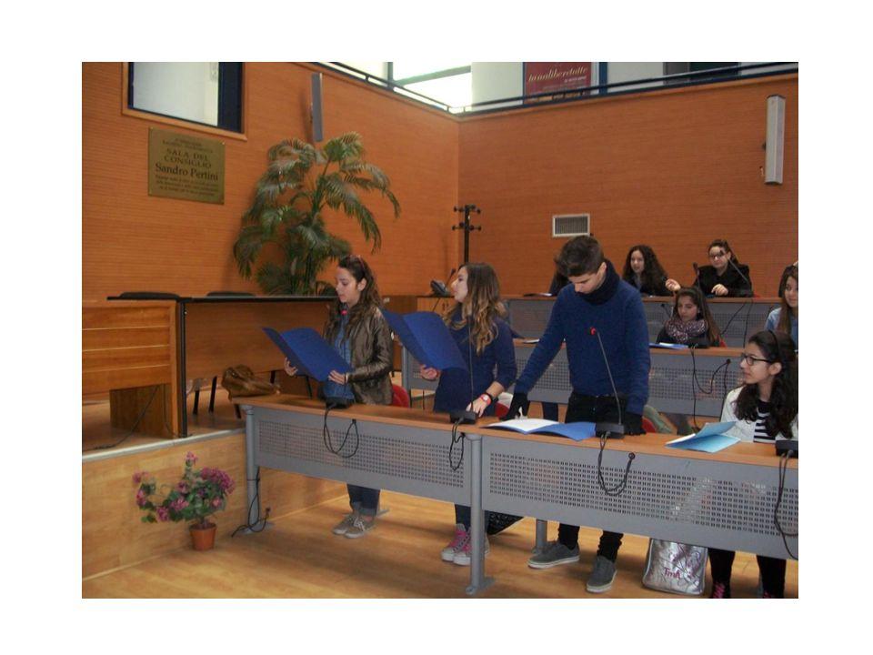 Gli alunni della 3 A, 3C, 3D, 2D leggono passi scelti