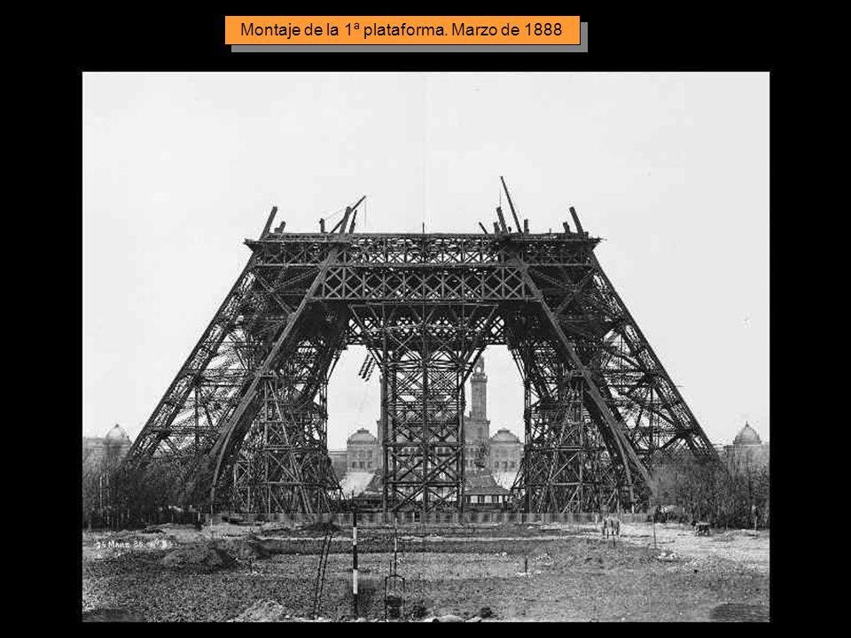 L'assemblaggio dei pilastri è iniziato il 1° Luglio 1887 e i lavori sono terminati 21 mesi più tardi. Tutti gli elementi sono stati preparati in fabbr