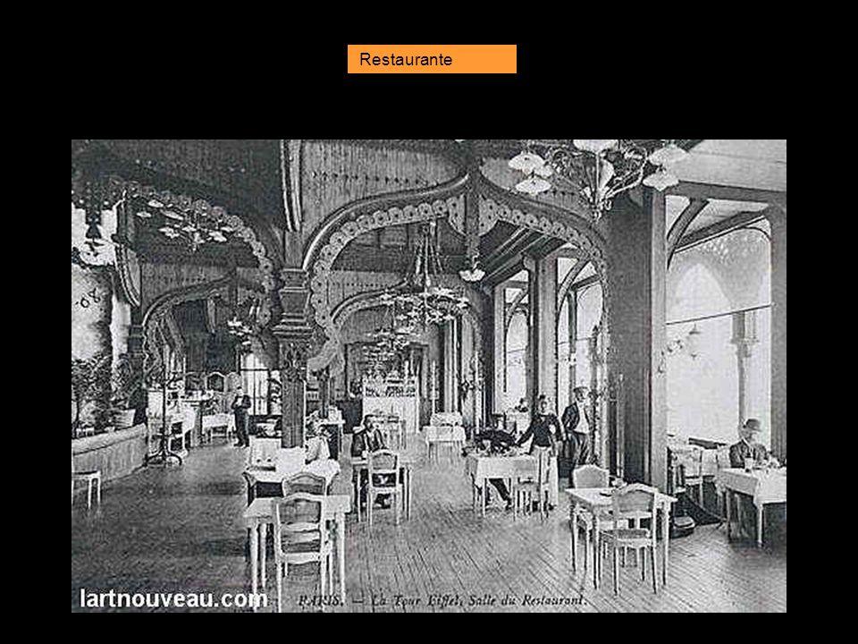 Decoración del primer piso en 1900.