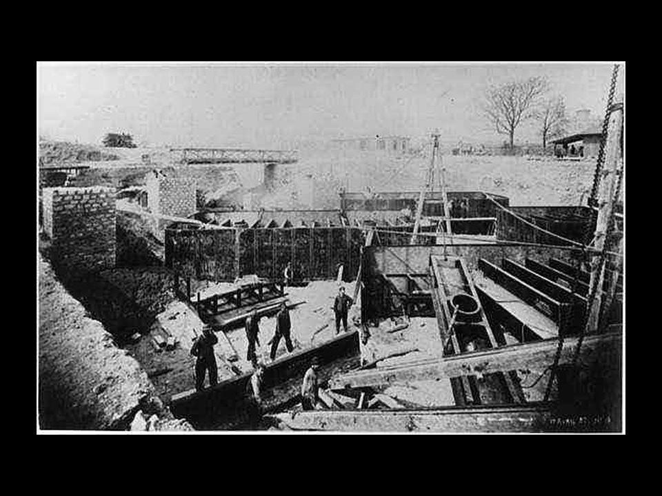 Construcción de los cimientos para los pilares