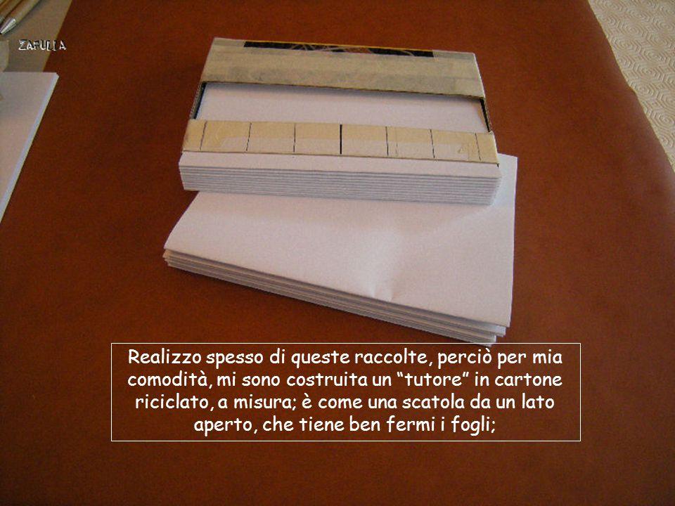 Questo è l'interno: anche qui incolliamo la garza predisposta, tagliata un centimetro per parte in più rispetto alla misura del dorsetto, così che possa tenere unite le tre parti della copertina, lasciando però che si aprano agevolmente.