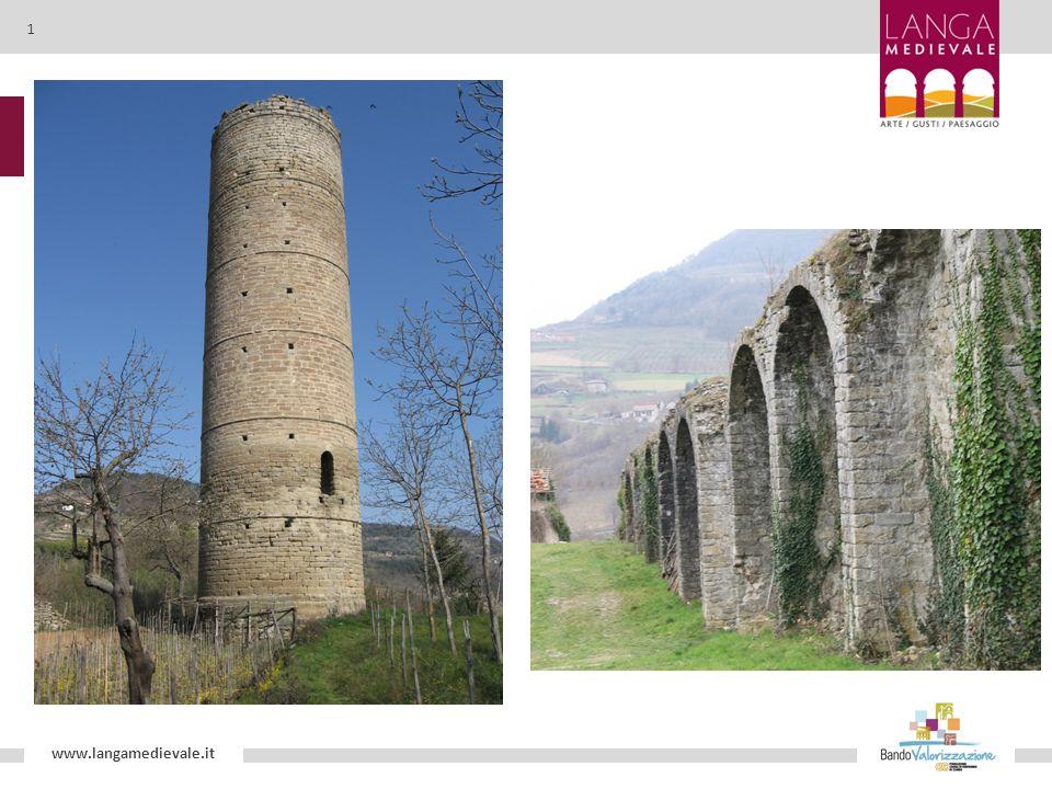 Castello di Prunetto Proprietà dei marchesi Del Carretto in età medievale, la struttura, realizzata nel XIII secolo, è costituita da un massiccio blocco in pietra, con torrette quadrangolari ai lati e un torrione circolare.