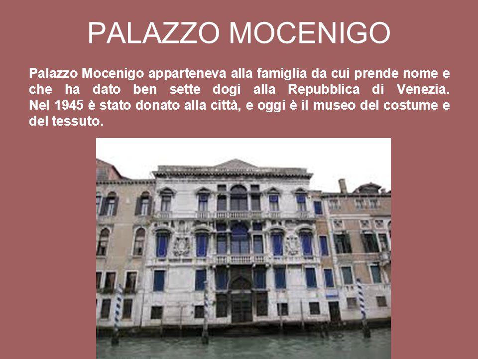 Palazzo Mocenigo apparteneva alla famiglia da cui prende nome e che ha dato ben sette dogi alla Repubblica di Venezia.