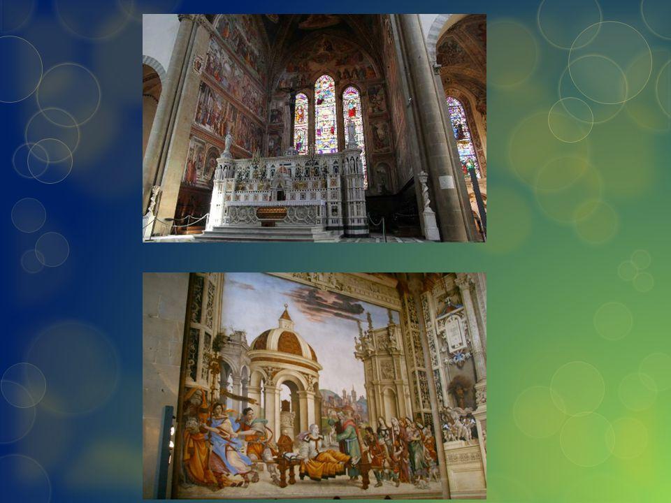 La struttura La facciata si inscrive in un quadrato avente il lato coincidente con la linea di base della chiesa.