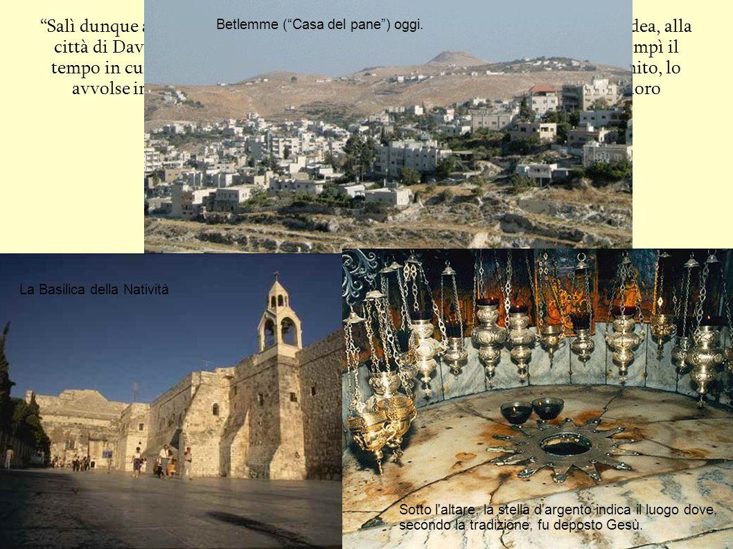 """""""Salì dunque anche Giuseppe dalla Galilea, dalla città di Nazaret verso la Giudea, alla città di Davide che si chiama Betlemme […] Ora, mentre essi er"""