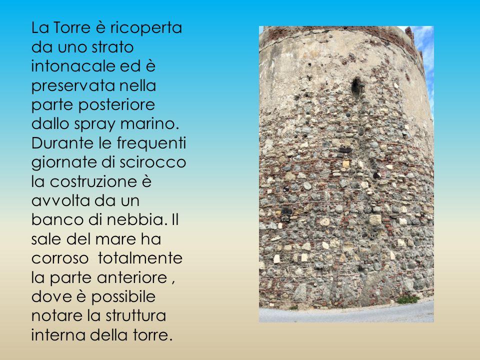 Le caratteristiche della roccia della costruzione, analizzate attentamente, ci riportano all'utilizzo di materiali locali.