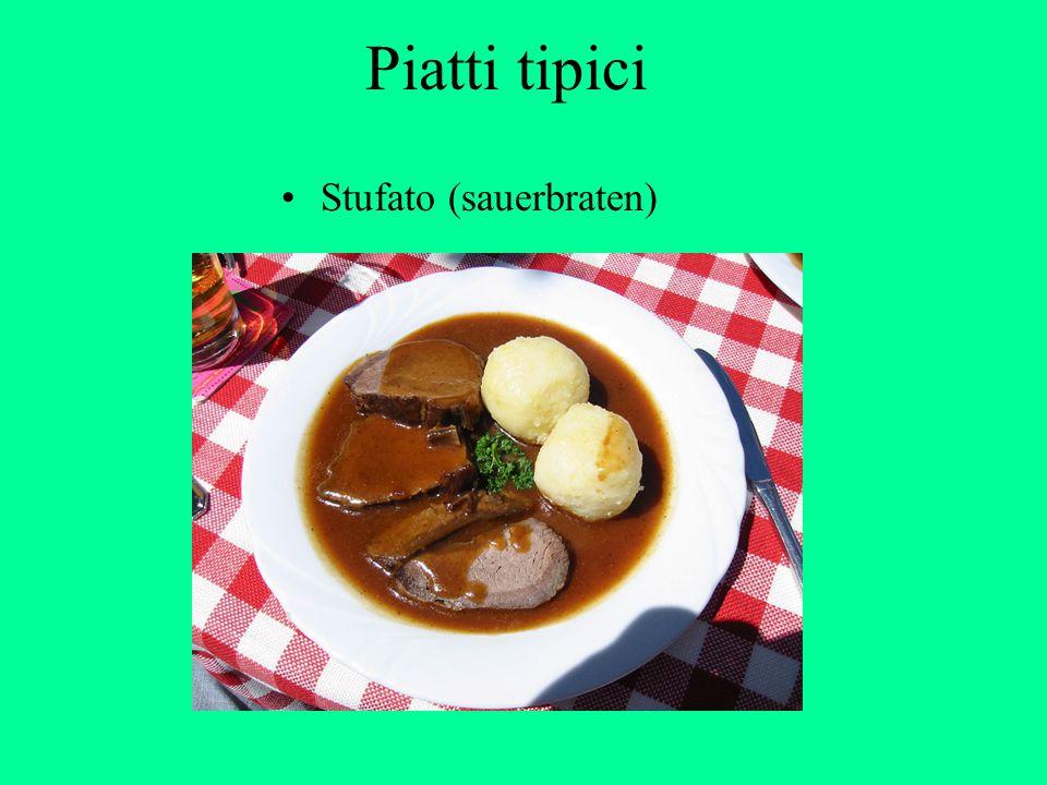 Piatti tipici Stufato (sauerbraten)