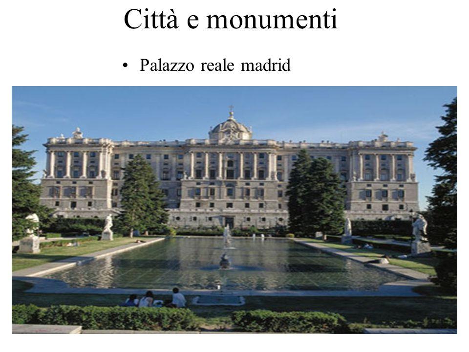 Città e monumenti Palazzo reale madrid