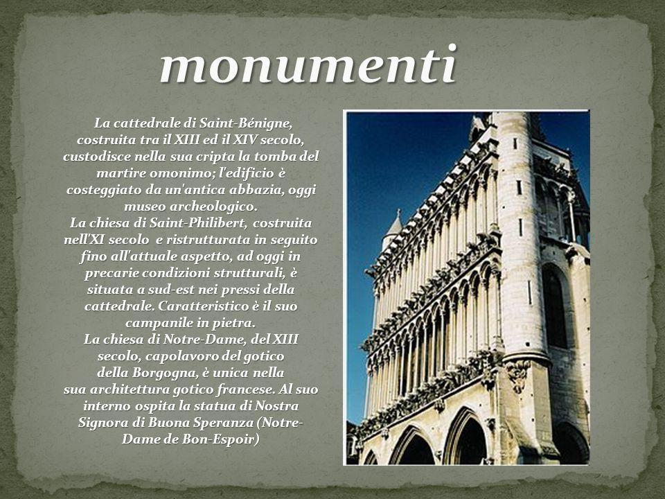 La cattedrale di Saint-Bénigne, costruita tra il XIII ed il XIV secolo, custodisce nella sua cripta la tomba del martire omonimo; l'edificio è costegg