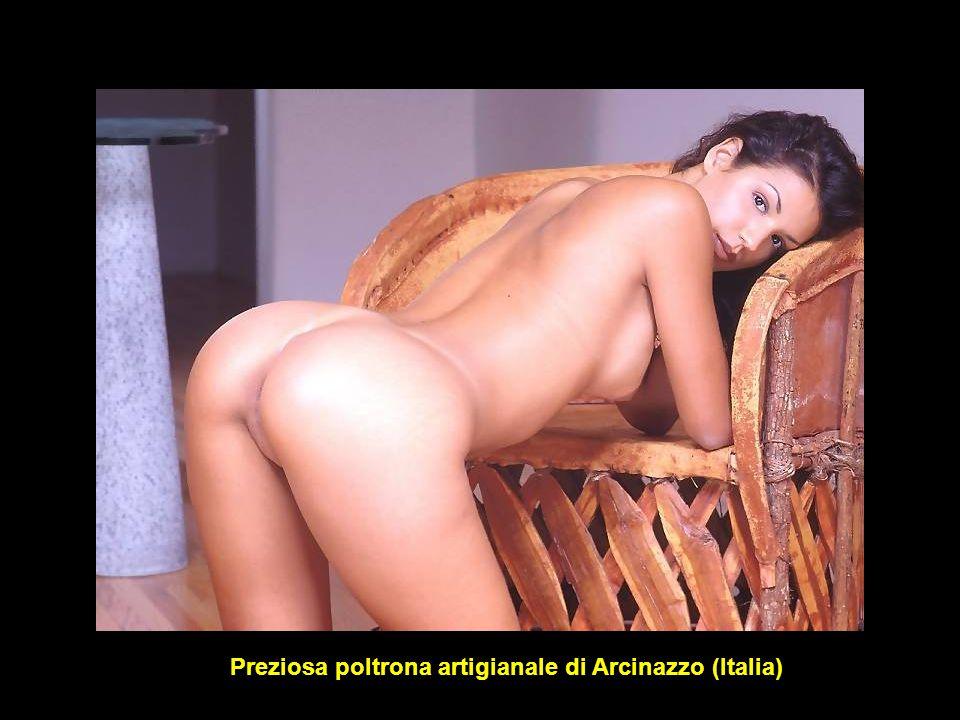 Preziosa poltrona artigianale di Arcinazzo (Italia)
