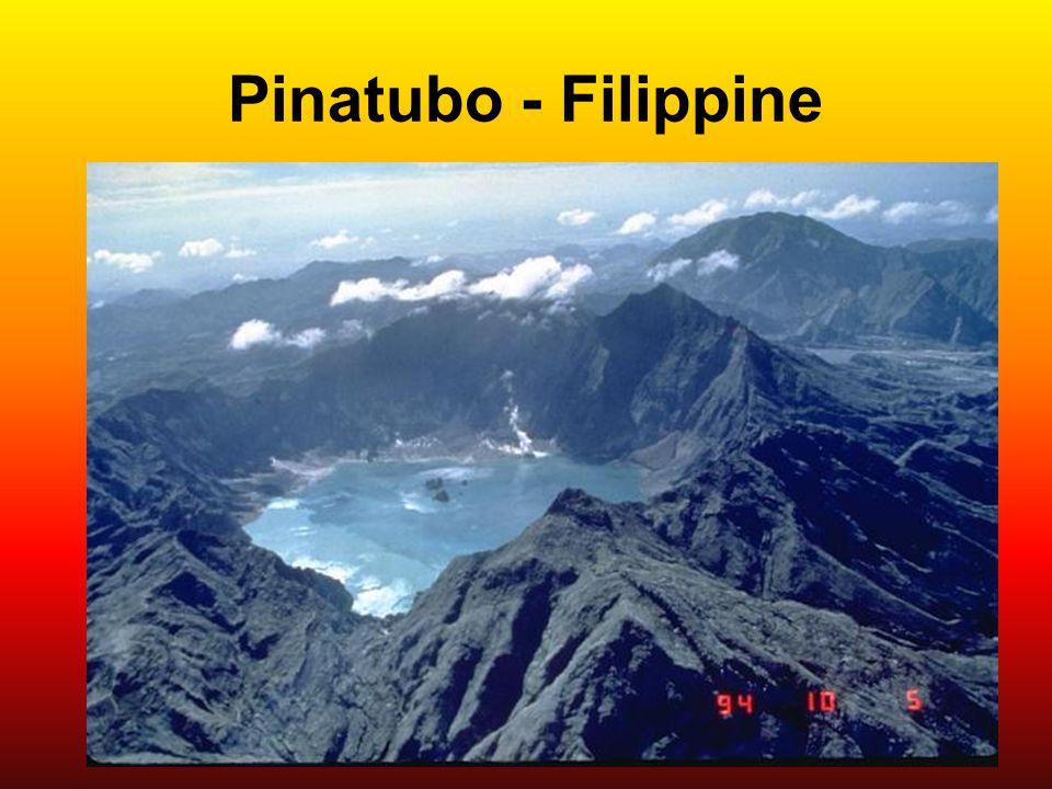 Pinatubo - Filippine The 1991 eruption of Pinatubo volcano in the Philippines created a new caldera with an average diameter of 2.5 km. Caldera collap