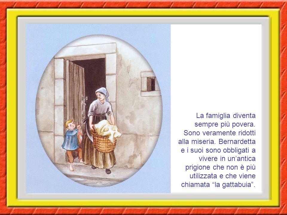 La famiglia diventa sempre più povera.Sono veramente ridotti alla miseria.