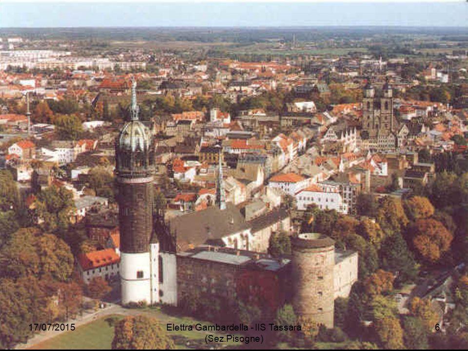 95 TESI Sulle porte della Cattedrale di Wittenberg Lutero affisse (31/10/1517) 95 tesi per chiarire l'efficacia delle indulgenze 17/07/2015 Elettra Gambardella - IIS Tassara (Sez.Pisogne) 7