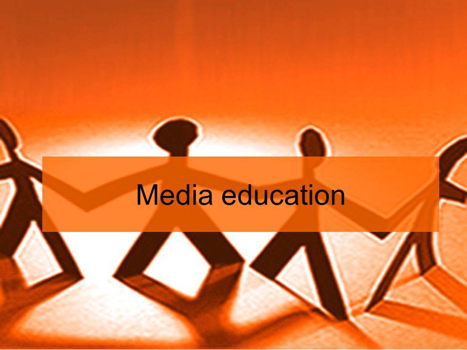 Linguaggio Con l'analisi dei linguaggi dei media è possibile comprendere meglio il modo in cui vengono creati i significati.