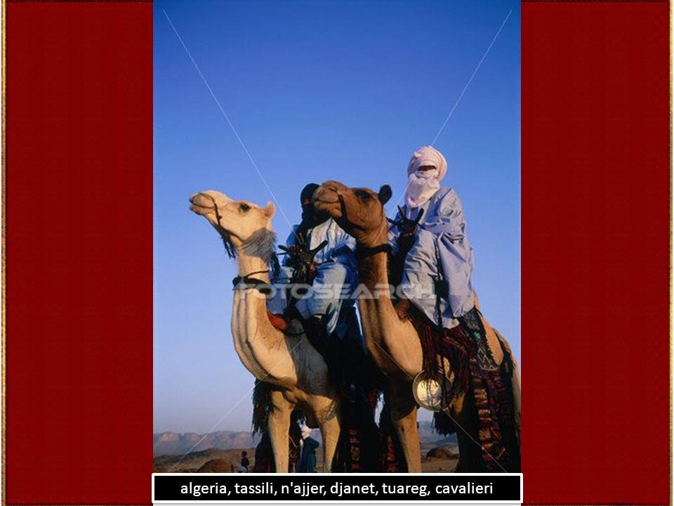 algeria, sahara, tassili, hoggar, femmina, turista, pietra, pinnacolo