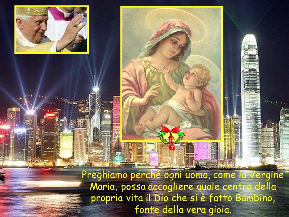 Perciò quel Bambinello, che mettiamo nella capanna o nella grotta, è il centro di tutto, è il cuore del mondo. …