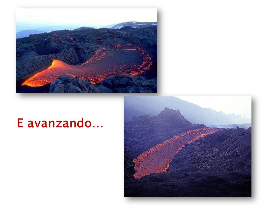 La lava incomincia a scendere …