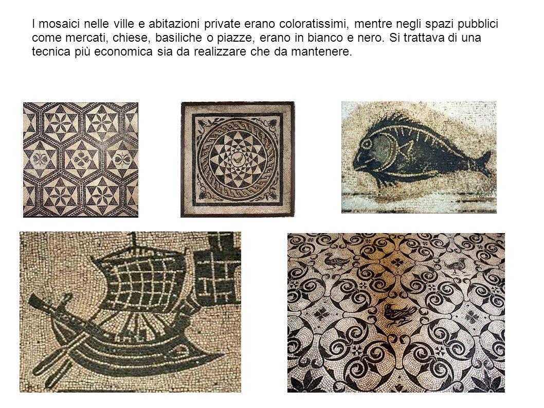 I mosaici nelle ville e abitazioni private erano coloratissimi, mentre negli spazi pubblici come mercati, chiese, basiliche o piazze, erano in bianco