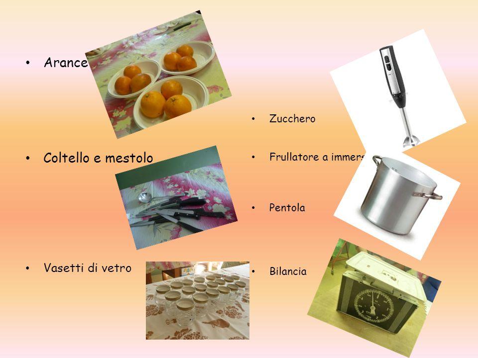 Arance Coltello e mestolo Vasetti di vetro Zucchero Frullatore a immersione Pentola Bilancia