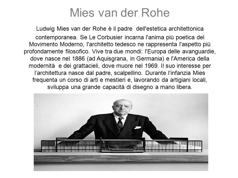 L'incontro con la grande architettura avviene nel 1907, quando Mies approda nello studio di Peter Behrens, uno dei maestri dell'architettura del tempo, dove lavora al fianco di Gropius e per breve tempo anche di Le Corbusier.