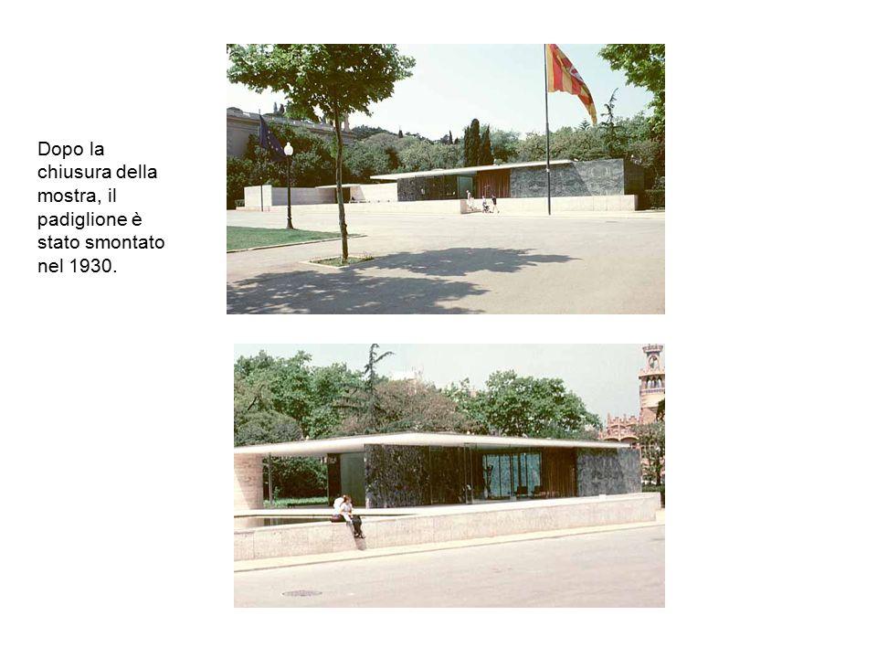 E stato ricreato nella sua forma originale e nello stesso luogo nel 1981-1986 da parte del Comune di Barcellona.