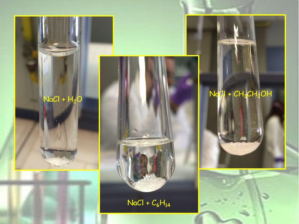 FASE 5 Procedimento: Inserito 1 o 2 cristallini di iodio in tre provette e in seguito abbiamo inserito rispettivamente esano, etanolo e acqua.