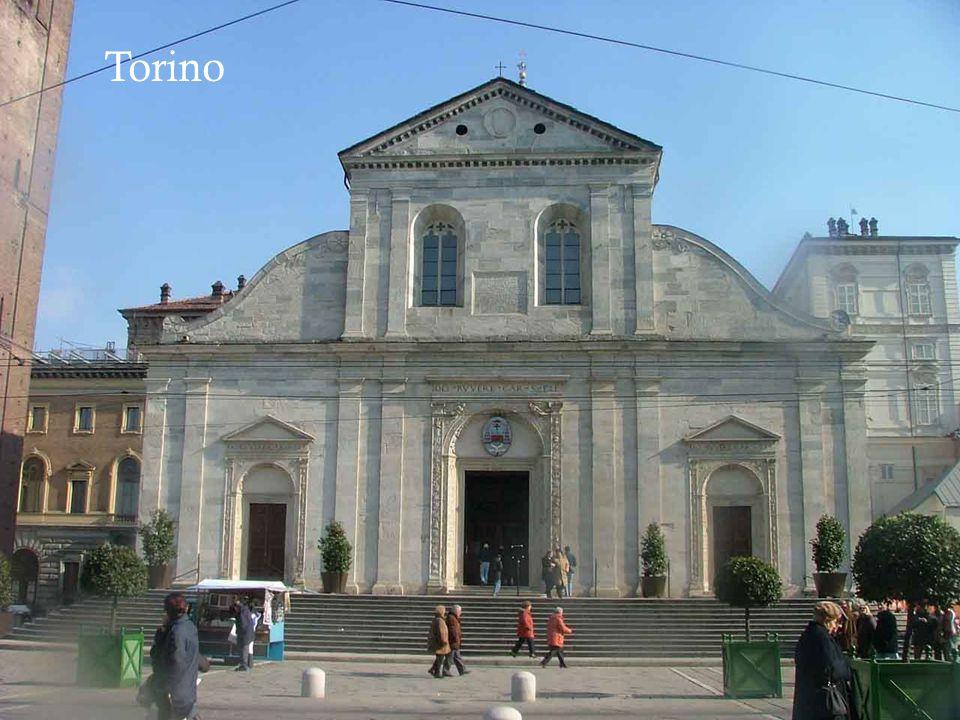 Ci rivolgiamo in preghiera a Maria Santissima, che a Torino è venerata quale principale Patrona col titolo di Beata Vergine Consolata.