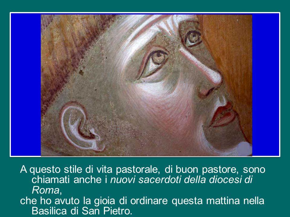 Occorre anche seguire il Buon Pastore. In particolare, quanti hanno la missione di guide nella Chiesa – sacerdoti, Vescovi, Papi – sono chiamati ad as