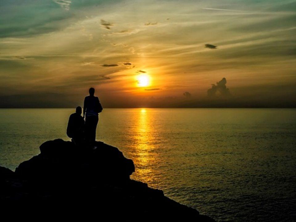 Se lo segui nel buio non camminerai ma la luce di vita avrai.