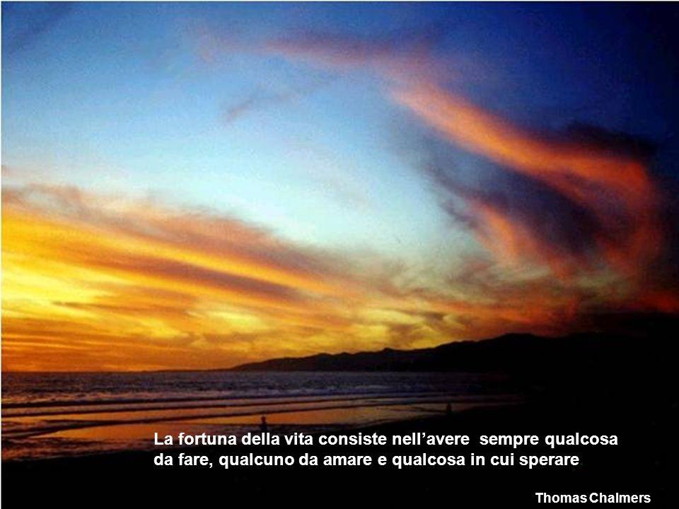 Non rinunciare mai ad un sogno. Tenta solo di vedere i segnali che ti portano a lui. Paulo Coelho