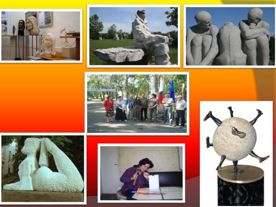 Internazionale simposio della sciltura di pietra...  Questo simposio si svolge una volta per due anni e continua due settimane.Il numero delle person